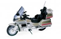 Мотоцикл Honda Gold wing 1:18
